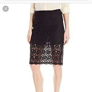 Pencil lace skirt